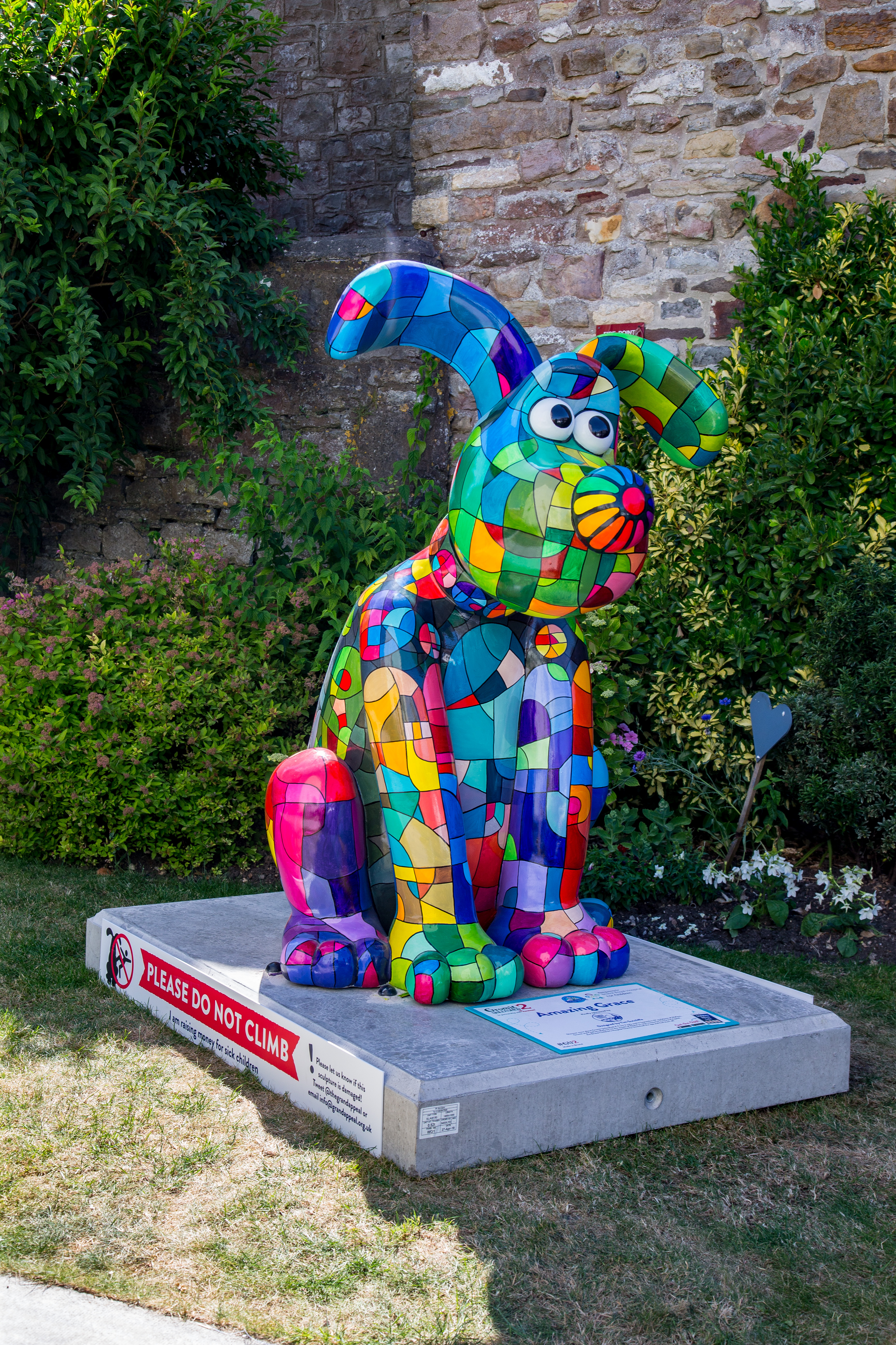Chipping Sodbury's Gromit has arrived!